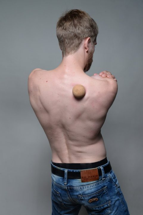 Pain Under The Shoulder Blade Relieve It Yourself